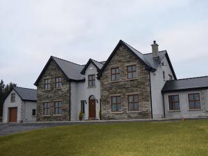 Gormley-Building-Contractor-Sligo-Family-House-Drive-Way-2